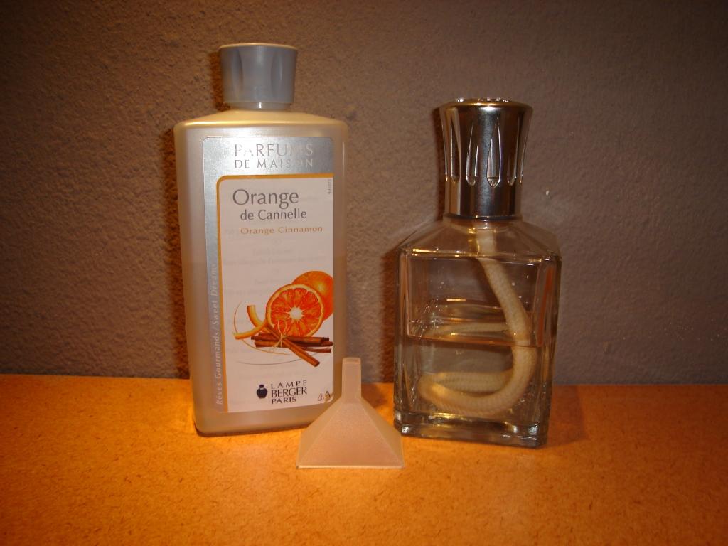 lampe berger parfums de maison dit is ons. Black Bedroom Furniture Sets. Home Design Ideas
