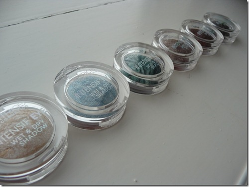 Catrice wet & dry eyeshadows 050
